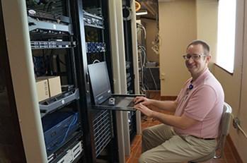 Robert Koss 400 Web